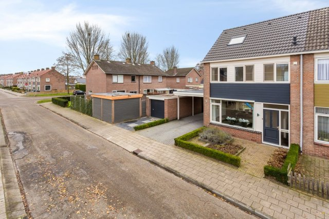 iQ Makelaars Ommen, Wentholtstraat